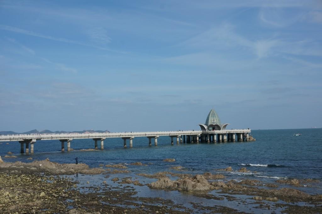 烟台栈桥虽然没有青岛栈桥